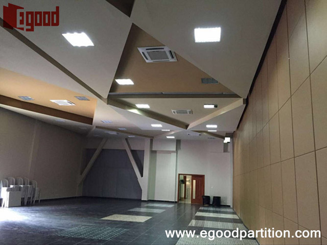 Dominica conference room moveable wall partition